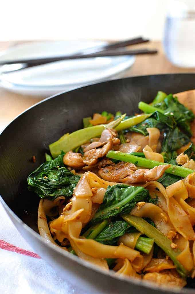 Thai stir fried noodles, a very popular Thai Street food, with chicken ...