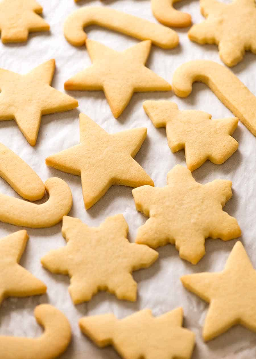 Photo of plain sugar cookies with no frosting